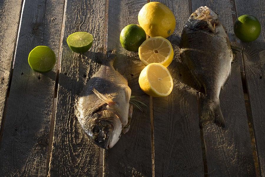 Barbecue Dorade met citroen van Walter Smoked!